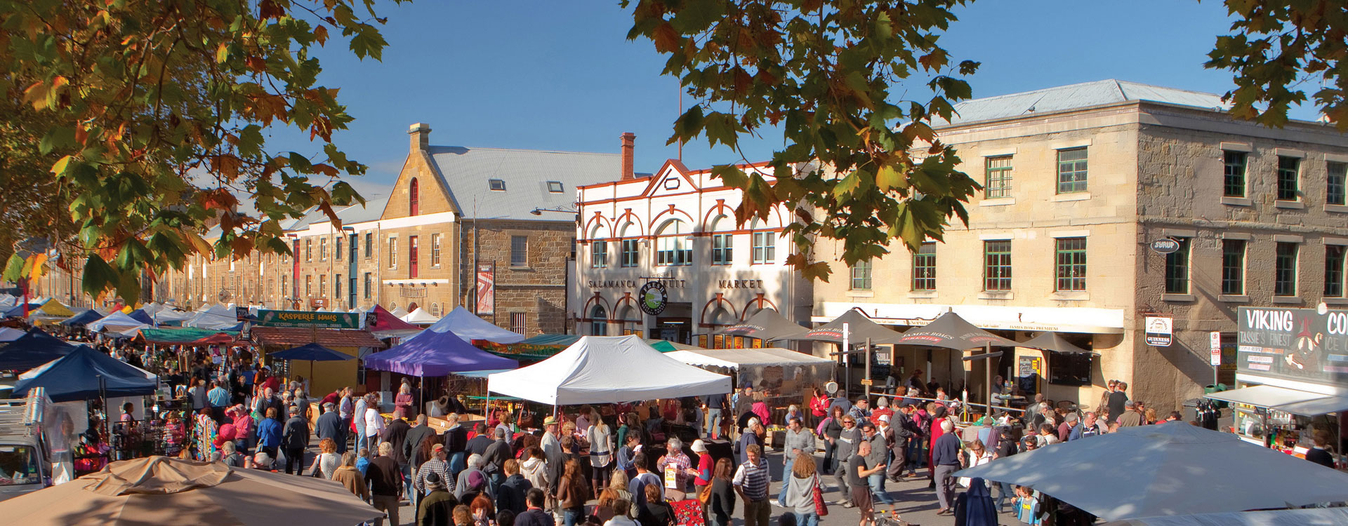 Salamanca Markets and restaurants are an easy 10 min walk from Grosvenor Court Apartments