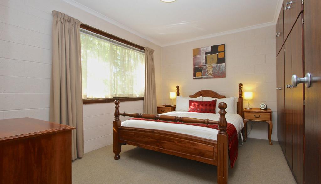 2 Bedroom Apartment – 2 Queen